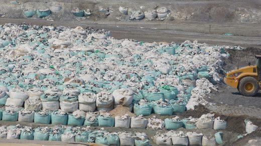 Tsumeb-waste-dump-closeup